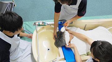 訪問入浴介護